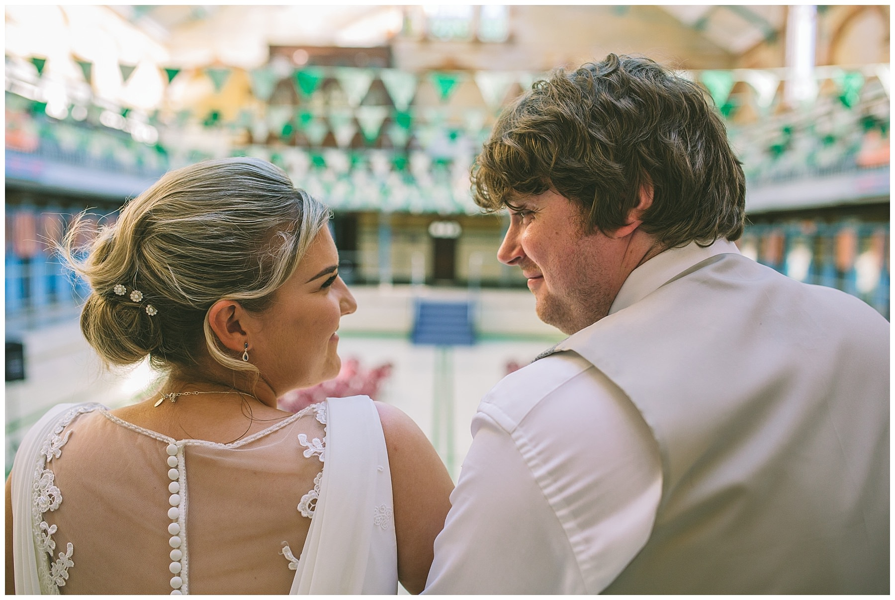 Husband and Wife share a moment at Victoria Baths
