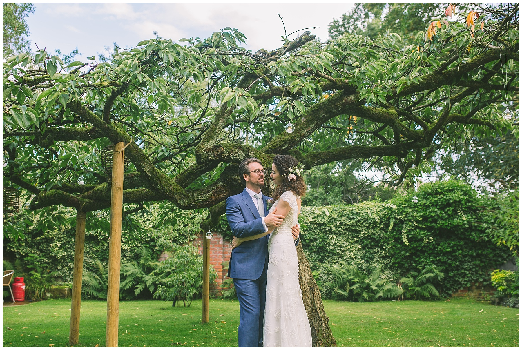 eleven didsbury park gardens perfect for wedding portraits