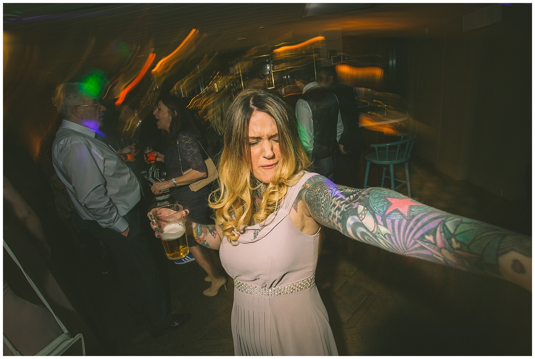bridesmaid lets loose on the dancefloor