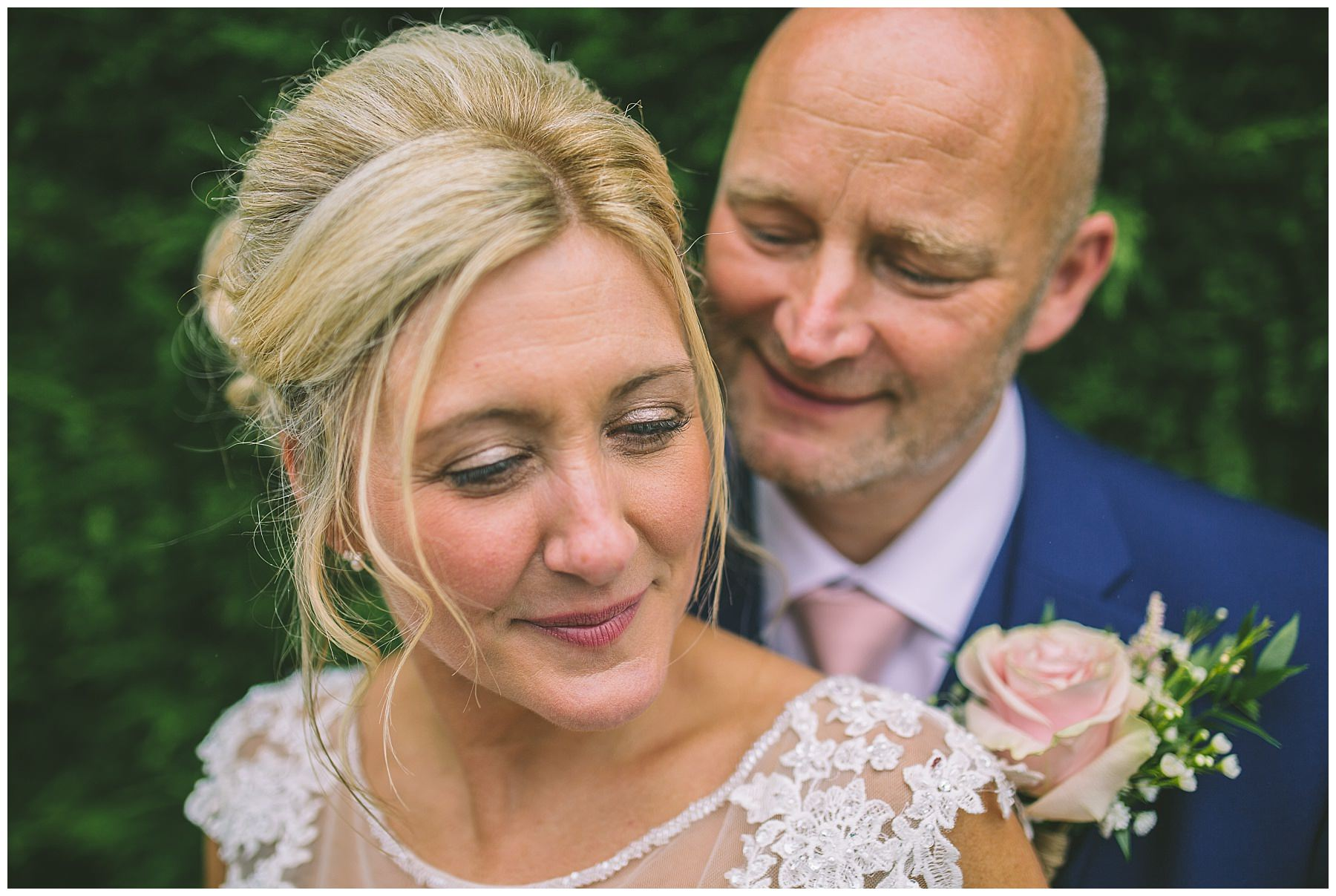 Beautiful, relaxed natural portraits at Beeston manor