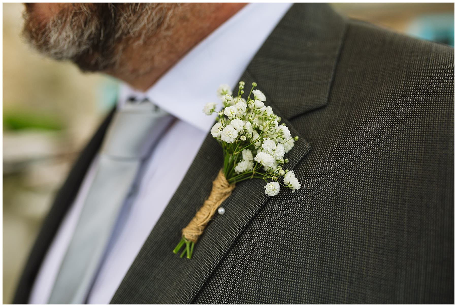 groom buttonhole inspiration