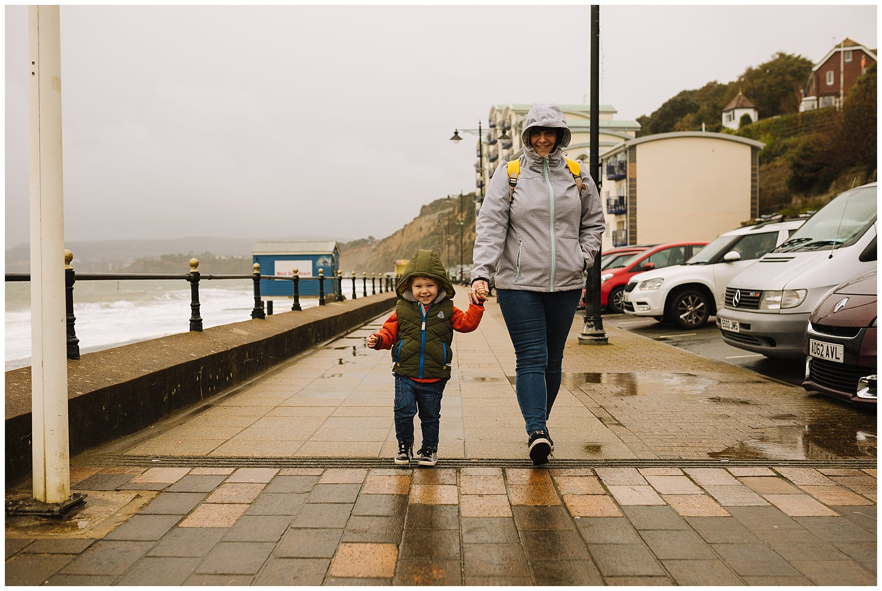 Rainy day family photography at Sandown on the Isle Of Wight