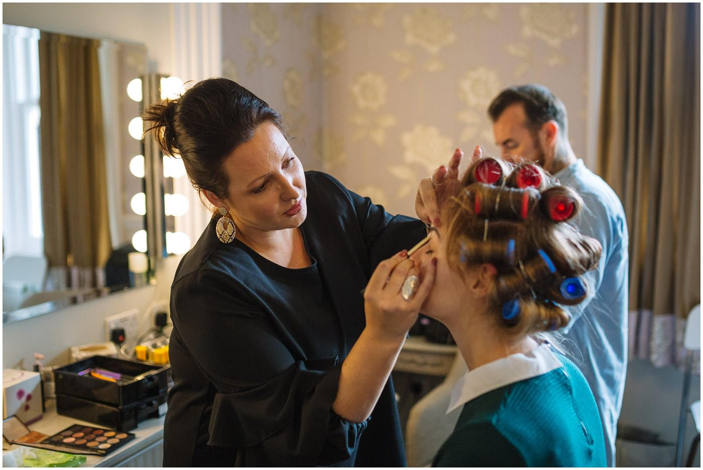 make up during bridal prep at ashfield house