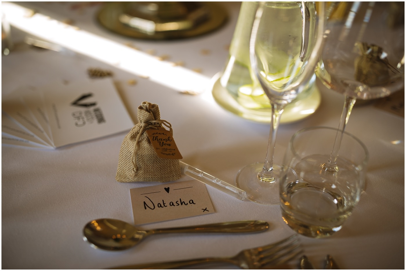 Hessian wedding favour bags and table setting inspiration